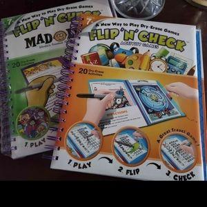 2 Flip'N'check activity books